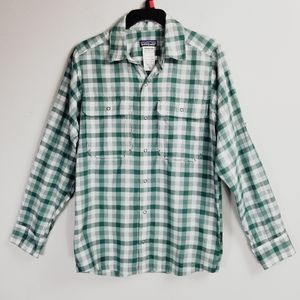 Patagonia Mackay Green Plaid Button Down Up Shirt